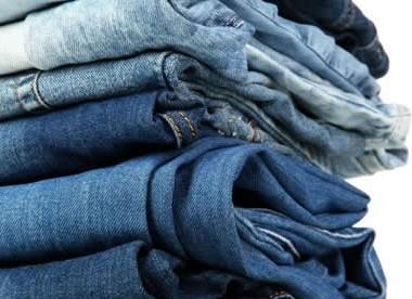 Una-bacteria-es-la-responsable-para-que-las-prendas-jean,-sean-mas-ecologicas