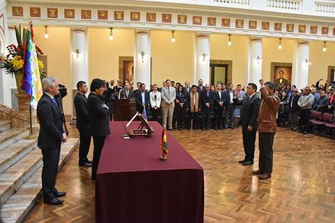 Solo-dos-cambios-de-ministros:-Rada-y-Zabaleta-asumen-Presidencia-y-Defensa