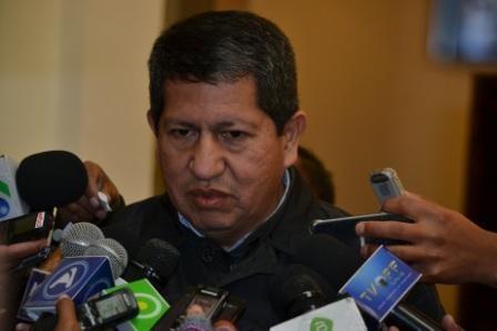 Ministro-reconoce-que-Air-BP-es-privada