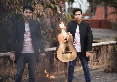 Las-guitarras-suenan-en-el-Aecid