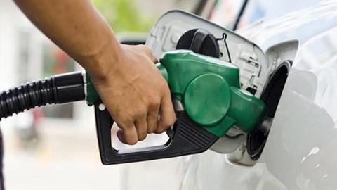 Bolivianos-que-viven-fuera-del-pais-podran-beneficiarse-con-subvencion-del-combustible