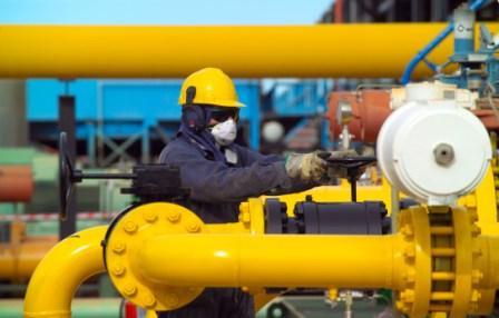 Urgente,-analistas-piden-ajustar-volumen-y-precio-del-gas