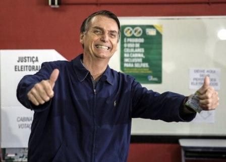 Jair-Bolsonaro-y-Fernando-Haddad-van-a-segunda-vuelta,-segun-escrutinio-oficial-