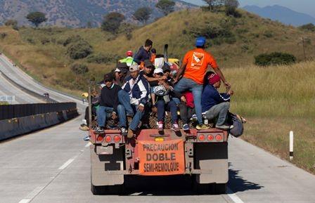 Migrantes-llegan-a-la-frontera-Mexico-EEUU