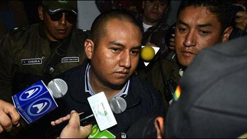 Citan-a-declarar-a-los-policias-acusados-de-golpear-a-Juan-Pari-Mamani