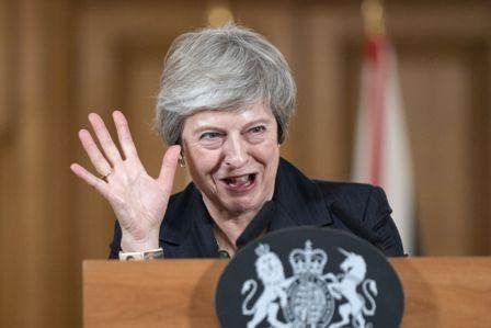 Ola-de-renuncias-por-desacuerdo-con-el-Brexit