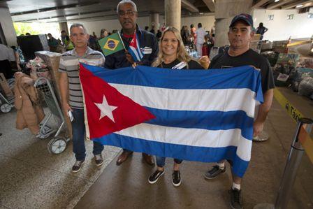Llegan-a-Cuba-mas-de-1.500-medicos-desde-Brasil