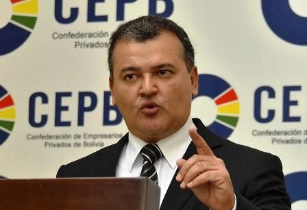 Exigen-pagar-deudas-al-Gobierno-central