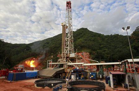 Bolivia se aleja de ser el centro energético