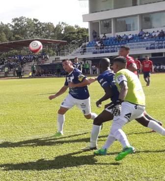 Sport-Boys-derrota-a-Wilstermann-por-2-1