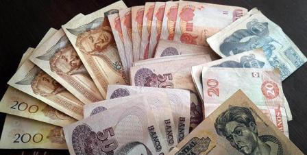 Sistema-financiero-baja-utilidades-en-un-12,8%
