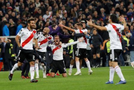 Saluden-al--Rey-de-America-,-River-Plate-llego-al-trono-tras-vencer-a-Boca-en-Europa