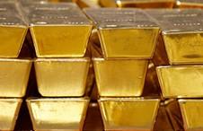 Un-avion-de-carga-deja-caer-lingotes-de-oro-y-diamantes-valuados-en-$us-368-millones
