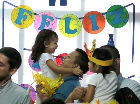 Festejos-emotivos,-agasajaron-a-los-padres-en-su-dia