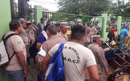 Despidos-de-guardias-generan-protestas