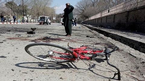 Al-menos-29-muertos-tras-ataque-suicida-en-Afganistan