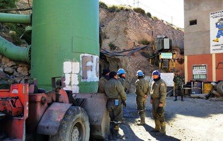Explosion-en-una-mina-causa-8-muertos