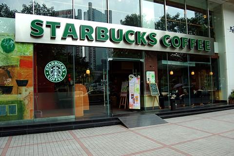 Starbucks-cerrara-sus-locales-en-EEUU-para-educar-a-sus-empleados-sobre-prejuicio-racial