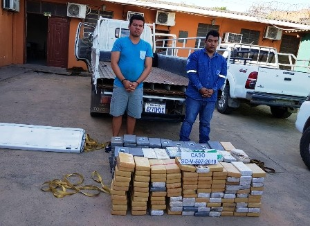 Narcocamion-escondia-307-paquetes-de-droga--