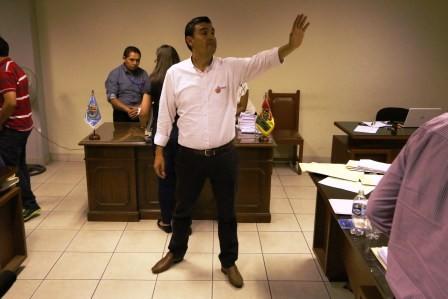 Sustitucion,-piden-reemplazo-para-alcalde-Leyes