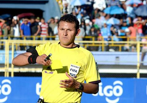El-boliviano-Gery-Vargas-sera-arbitro-VAR-en-el-Mundial