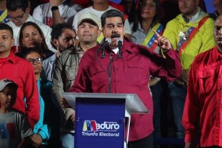Nicolas-Maduro-se-mantiene-en-la-presidencia-