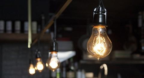 Suman-voces-de-rechazo-al-ajuste-de-tarifas-de-luz-en-Cochabamba