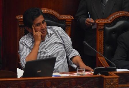 Ministro-asegura-que-estatales-son-productivas