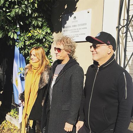 Soda-Stereo-inaugura-placa-conmemorativa-en-Argentina