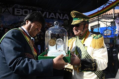 Policia-Boliviana-pide-a-Evo-ampliar-a-dos-anos-la-gestion-del-mando-unico