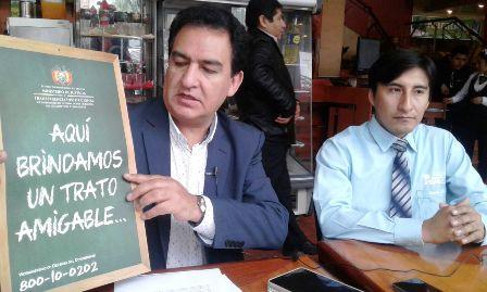 Defensa-al-consumidor-capacita-a-negocios-en-Santa-Cruz