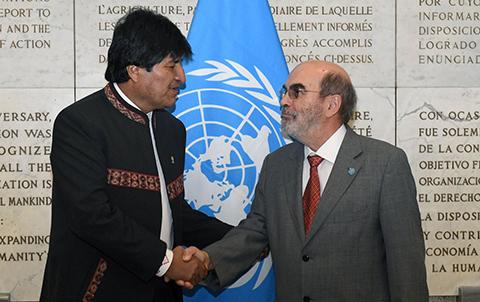 Evo:-FAO-garantiza-$us-100-millones-para-ejecutar-proyectos-de-riego-en-Bolivia