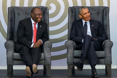 Obama-da-discurso-en-honor-a-Nelson-Mandela-en-Sudafrica
