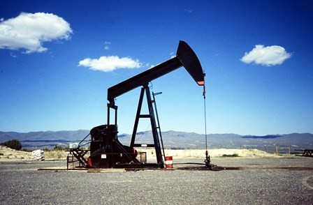 Sube-precio-del-petroleo-pese-a-las-reservas