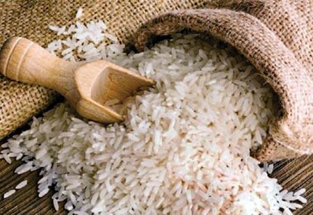 Alertan-sobre-el-ingreso-de-arroz-plastico-a-Bolivia,-el-producto-ya-se-comercializa-en-el-Peru-