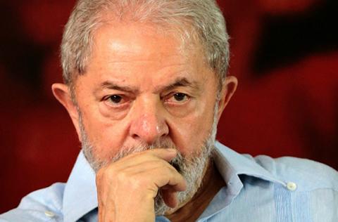 Un-segundo-juez-bloquea-la-orden-de-excarcelar-a-Lula-da-Silva,-preso-por-corrupcion