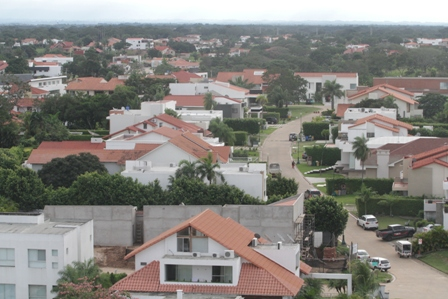 Vecinos-del-Urubo-reclaman-por--bajones-frecuentes--de-la-luz
