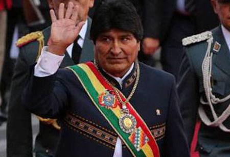 -Tuto-cuestiona-a-Evo-Morales-por-que-no-viaja-con-la-medalla-a-su-lado