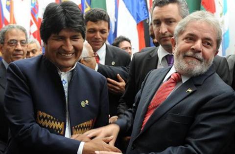 Morales-destaca-el--desprendimiento-digno--de-Lula-al-renunciar-a-su-candidatura-presidencial