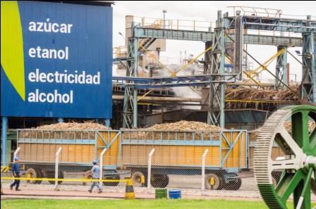 Iniciara-la-comercializacion-de-gasolina-Super-Etanol-92-