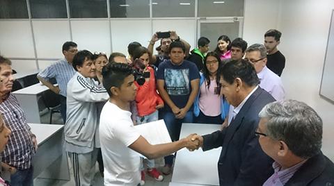 Estudiantes-llegan-a-acuerdo-con-el-rector-y-levantan-toma-del-Campus
