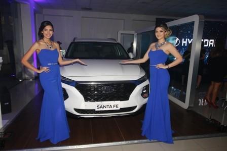 Carmax-brinda-por-la-Hyundai-Santa-Fe-