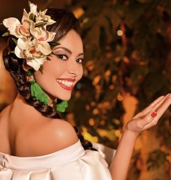 Nicole-reinara-en-Santa-Cruz
