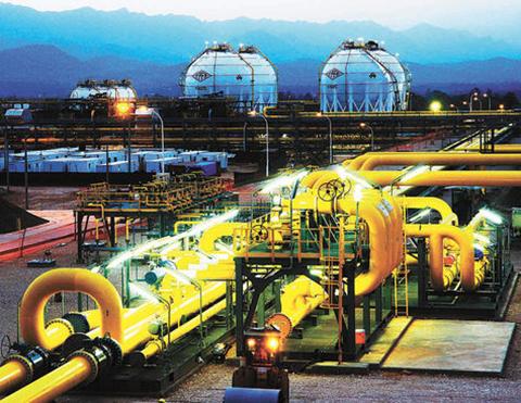 Ministros-de-Bolivia-y-Peru-analizan-la-exportacion-de-gas-boliviano