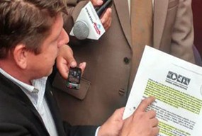 Diputado-Gutierrez-presenta-pruebas-el-TSE-para-sancionar-al-MAS