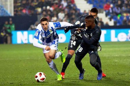 Aun-derrotados-avanzan-Real-y-Sevilla