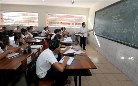 Dia-Internacional-de-la-Educacion,-en-busqueda-de-mejorar-la-ensenanza