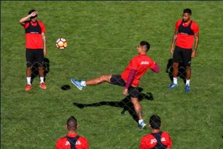 Por-la-Libertadores,-Bolivar-enfrenta-a-Defensor-Sporting-