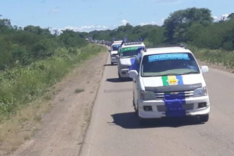 Caravana-del-MAS-recorre-hasta-Camiri-en-apoyo-a-Evo-Álvaro
