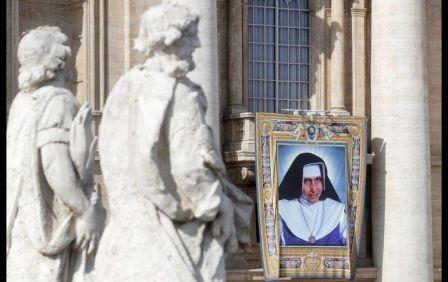El-papa-canoniza-a-la-primera-santa-brasilena
